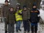 2012-20 Jungschar Liebenscheid sammelt die Weihnachtsbaeume ein