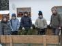 2013-02 Jungschar Rabenscheid sammelt Weihnachtsbaeume ein